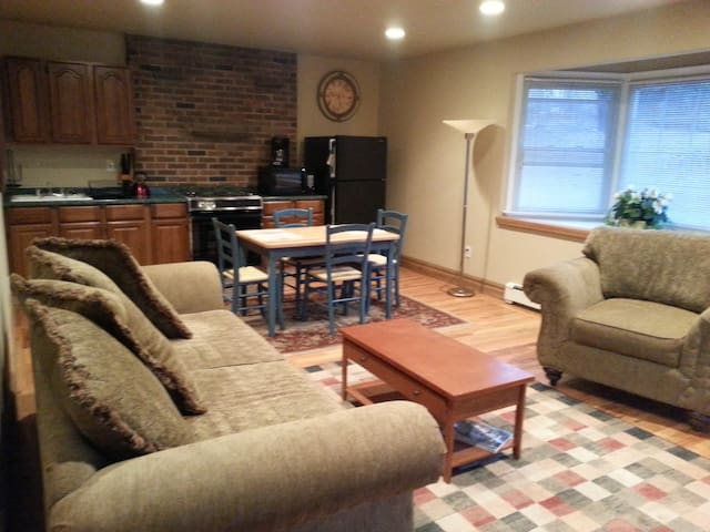 Private fully Furnished  1 bedroom Apartment - Readington Township - Apartamento