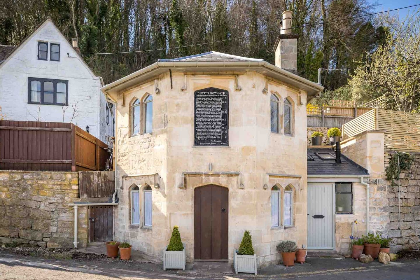 Welcome to Butterrow Gate, a stunning country retreat in Stroud