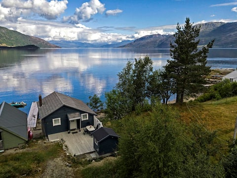 Cottage with boats- near Gygrastol and Trolltunga