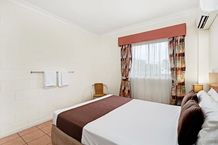 Great deal budget room in Cairns