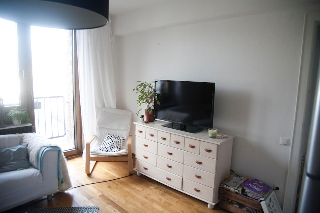 wohnzimmer tv rechts flur