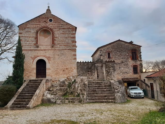 Renovated Monastery on Vicenza hills