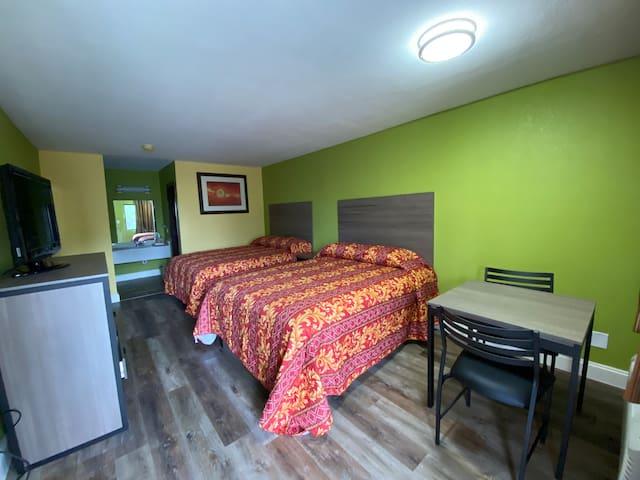 Cypress Inn & Suites - Double Room