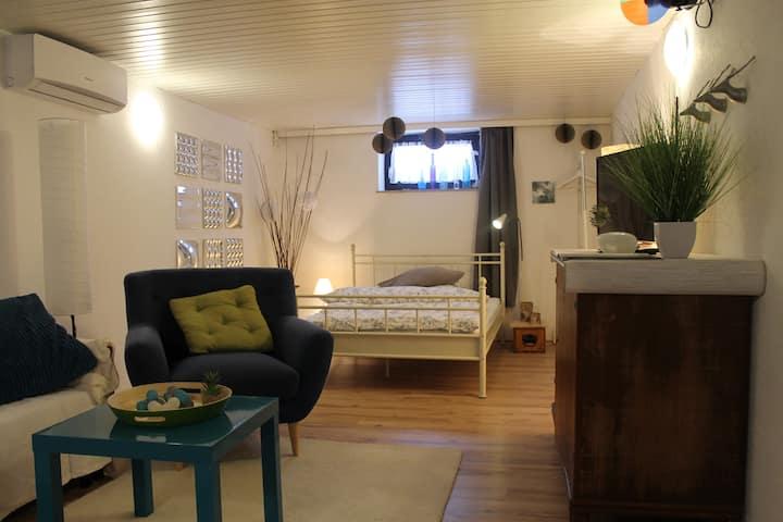 Liebevoll eingerichtetes Souterrain-Appartement