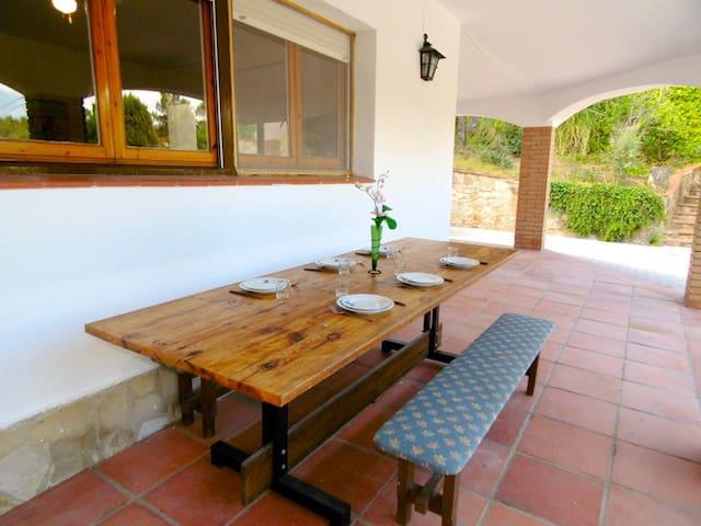 Villa Esther para 8-10 Pax. - Lloret de Mar - Villa