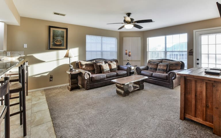 Branson Creekview Condo