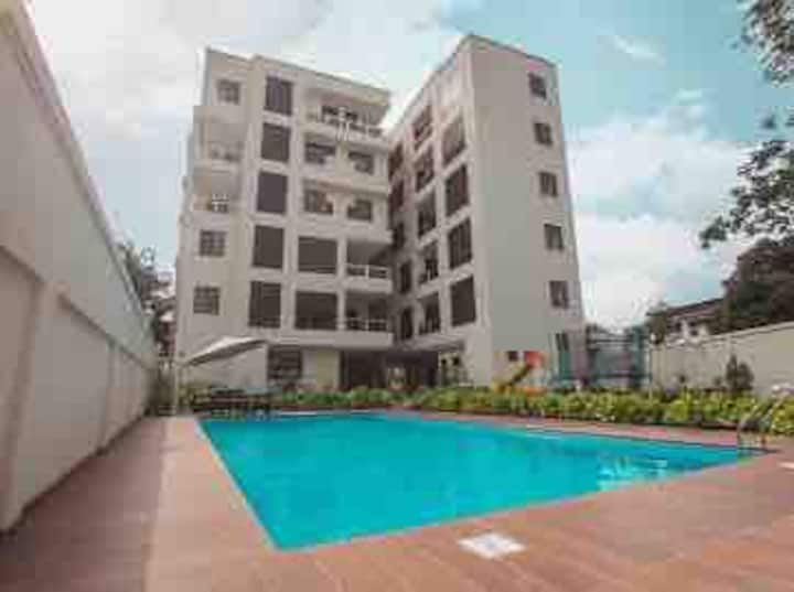 Cosy new brand studio flat  in heart of accra