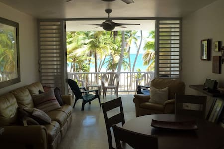 Beach Front Corner Apartment - Spectacular View - Luquillo - Wohnung