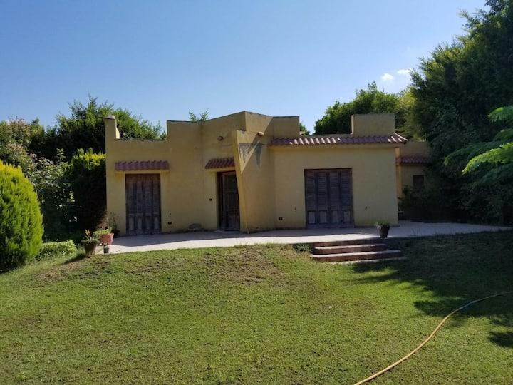 A cozy villa 2 BD in king mariout with big garden