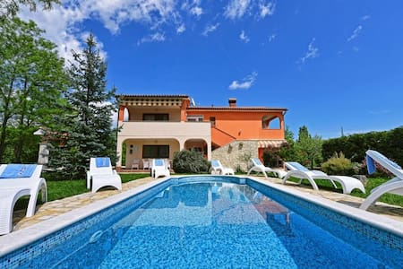Holiday House St. Domenica - Nedescina - Villa