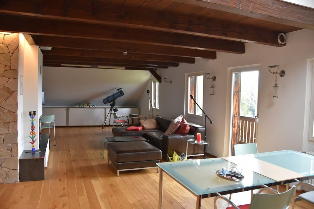 La pyramide flats for rent in tramelan canton of bern - Appartement avec vue clifton aa interiors ...