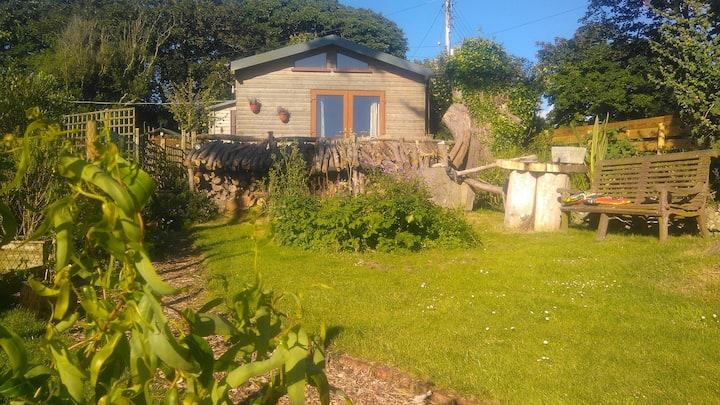 Cornish coastal cabin, Creg Na Baa