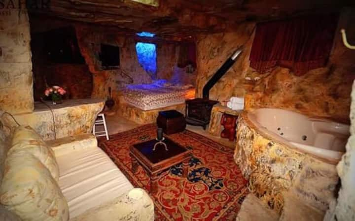 צימר במטולה - המערה