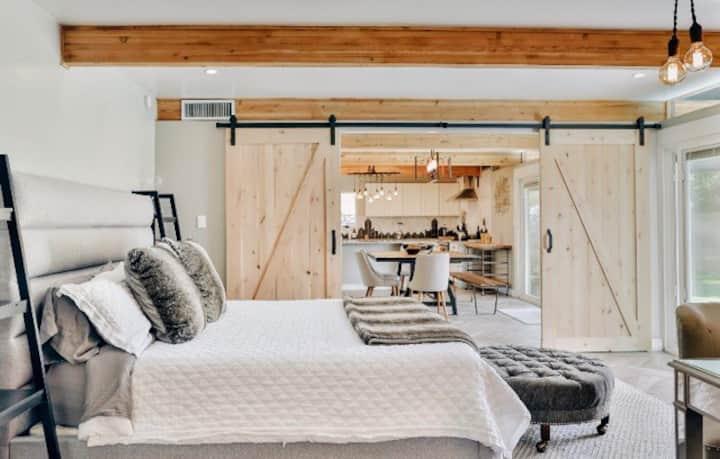 AMAZING! Tempe Smart Home w/Pool