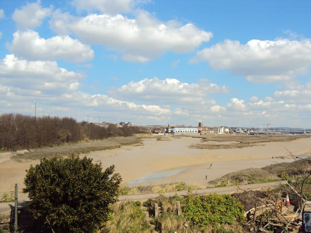 Double room overlooking River Adur with Twin room - Shoreham-by-Sea - House
