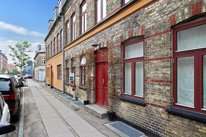 Modern apartment in cosy area of Copenhagen