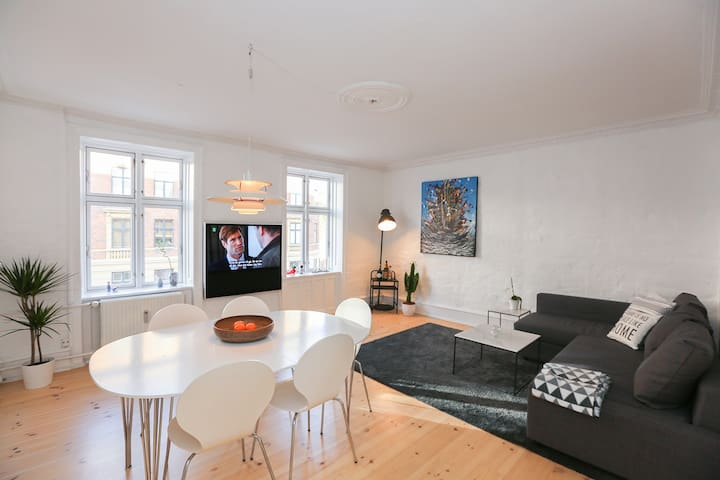 Stylish and Centrally Located Flat in Copenhagen!