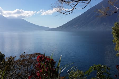 Lake access - Great views - Green and quiet place - San Marcos la Laguna