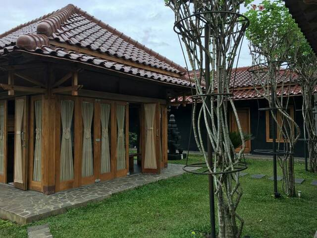 New Javanese Style Villa - Magelang - Вилла