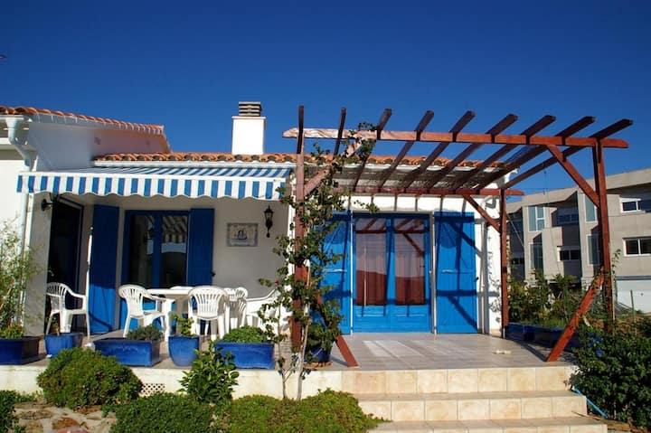 045 Maison à louer proche de la plage avec jardin privé quartier calme