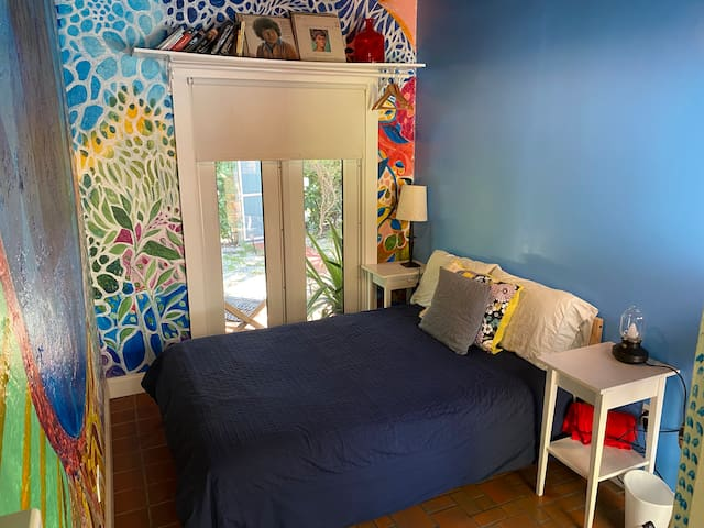 Cozy Little room in the Grove near Port Miami