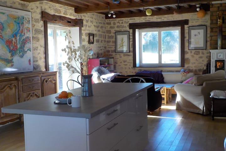 Maison spacieuse, au calme et en pleine nature