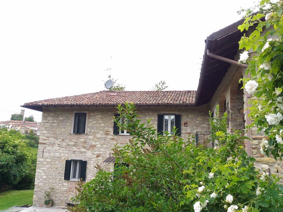 Casa dei nonni case in affitto a trisobbio piemonte for Planimetrie delle case del fienile