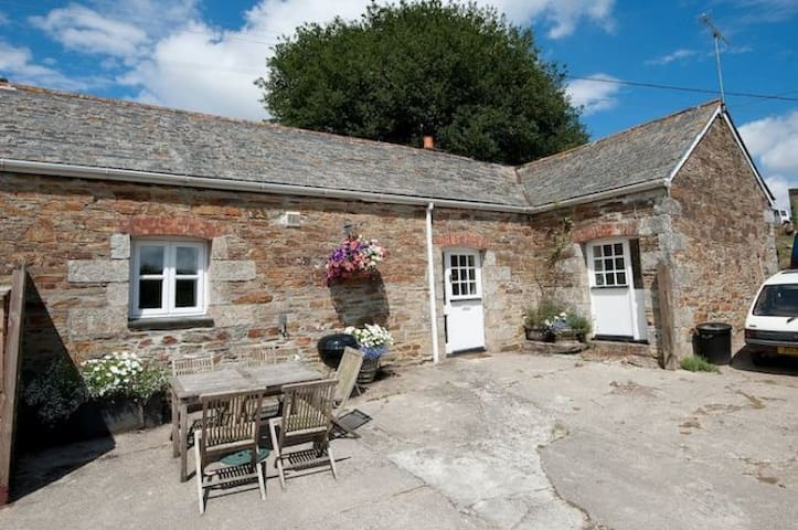 Sloe Cottage - Withiel near Wadebridge - Huis