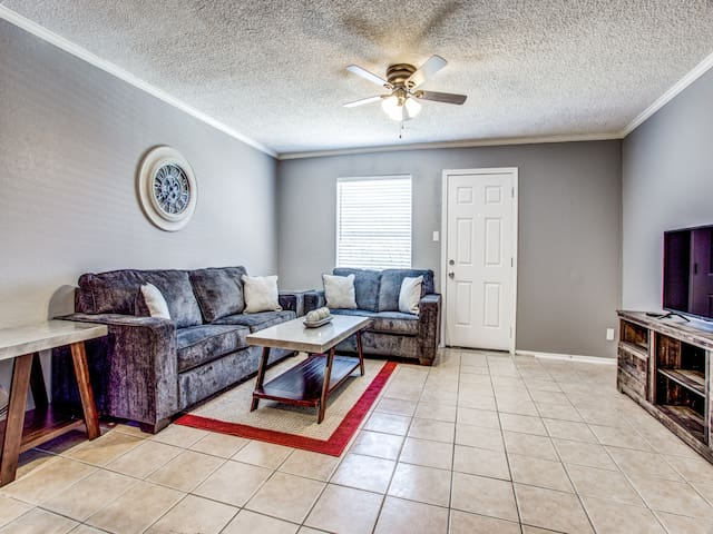 Cozy Apartment Minutes away from Downtown Ft Worth