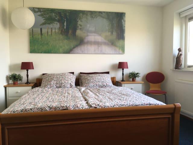 2 Comfortabele slaapkamers voor max 3 personen