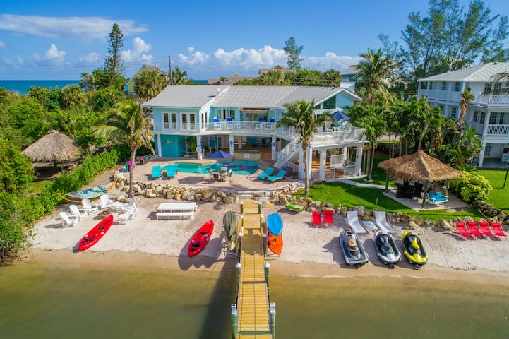 Aquarius:  Waterfront heaven, with all the toys.  Complimentary paddleboards, kayaks, snorkel, fishing gear, and more.  Jetskis and boats available too!