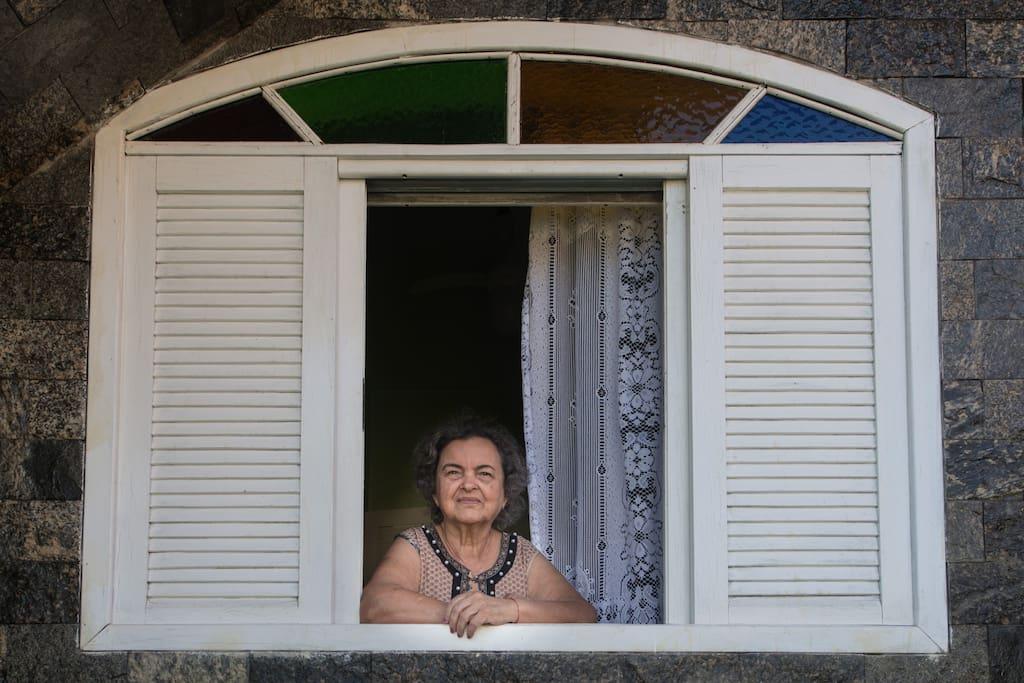 """Sou NORMA a proprietária do prédio """"CASA DE PEDRO""""."""