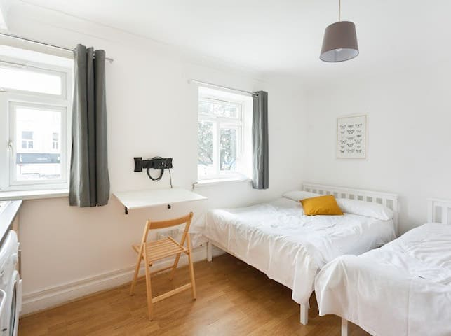 Lovely Room 10 min to St Pancras