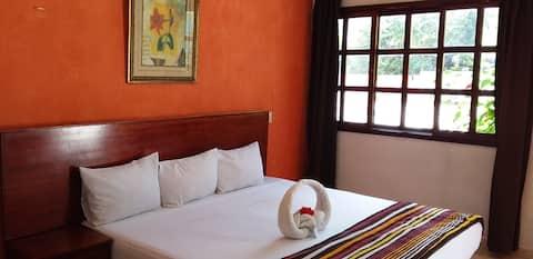 hotelito YAAKUNAH -HABITACION NARANJA