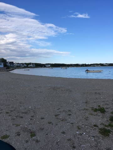 Lewis Bay beach within walking distance from cottage.