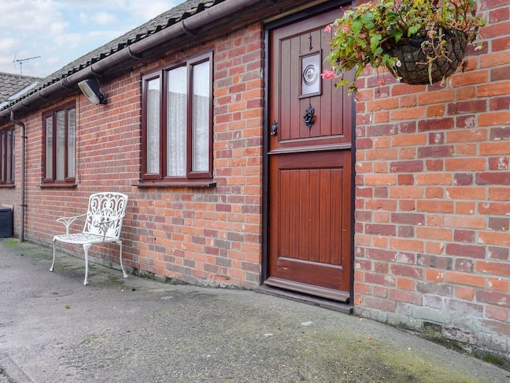 Stable Cottage 1 - UKC3741 (UKC3741)