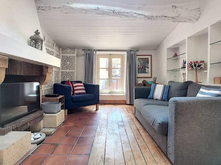 (018) Charming House 1b Old Antibes Aircon Mezzanine