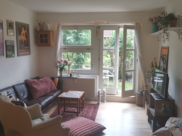 Cosy aparment with private garden in Nørrebro
