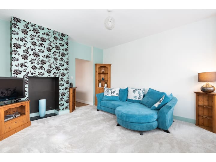 Charming 1 bed flat just 20 min walk to City Walls