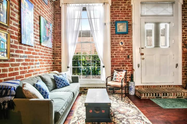 Historic Loft in the Heart of French Qtr CDC Safe