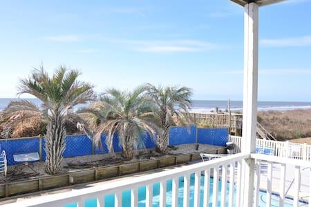 Oceanfront 3 BD/2 BA OIB Condo - Quiet Beach