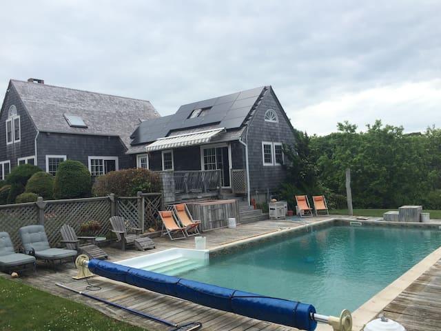 Montauk Pool,  Hot tub, Peloton bike, private