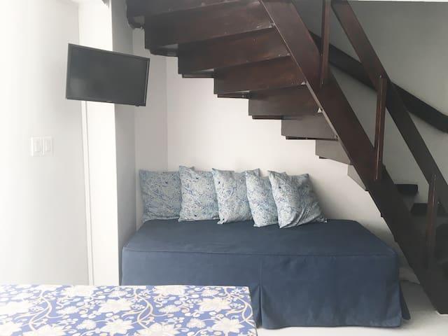 Cama 1er piso / Daybed (1st floor)