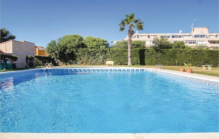 Holiday apartment with 1 bedroom on 37m² in Orihuela Costa