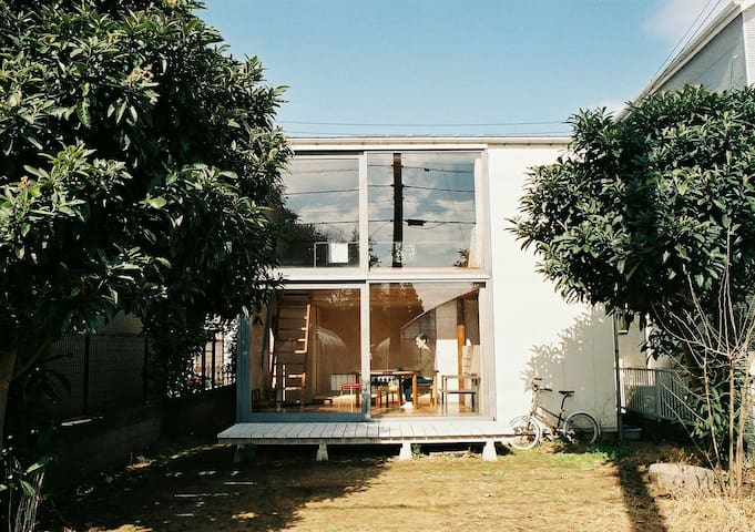 SUMIRE AOI HOUSE - minimal Japanese house