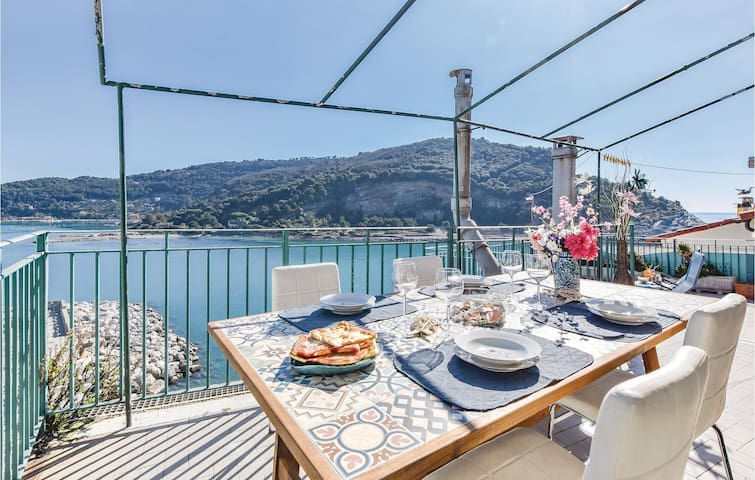 Holiday apartment with 3 bedrooms on 110m² in Portovenere SP