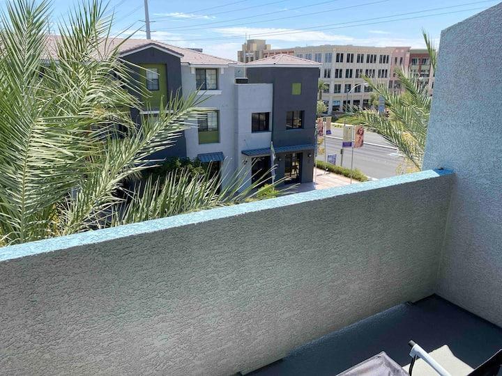 Southwest Las Vegas Suburb Condo Apartment