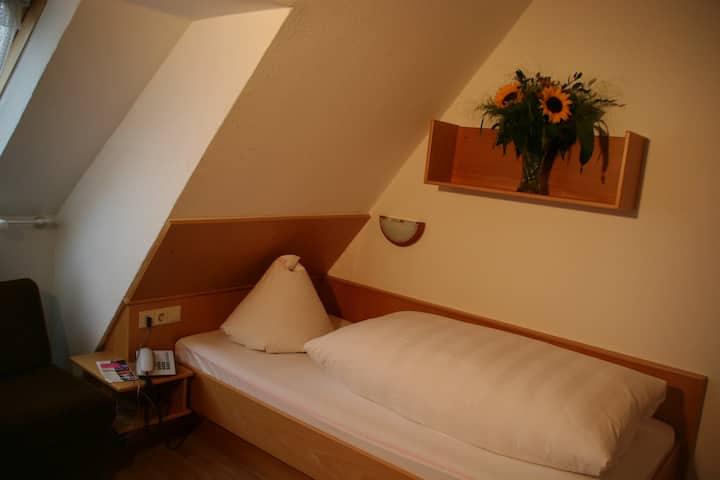 Hotel Hessenhof (Winterberg/Stadt) -, Einzelzimmer mit kostenfreiem WLAN