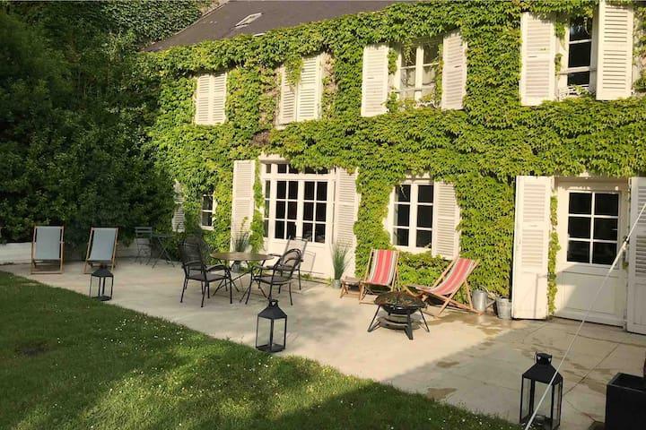 Chambre atelier - Séjour Inspiration - 10min Reims