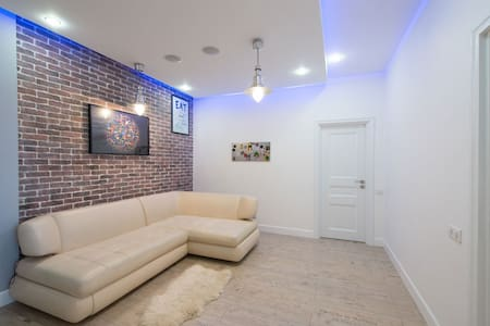 Современная квартира / Spacious apartment
